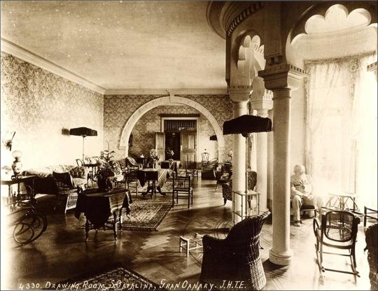 Hotel Santa Catalina Salon de lectura J H T Ellerbeck