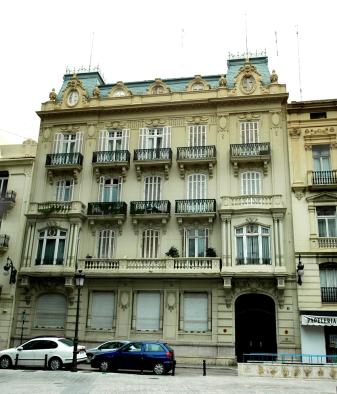 9 Edificio Albacar en calle Grabador Esteve nº 4