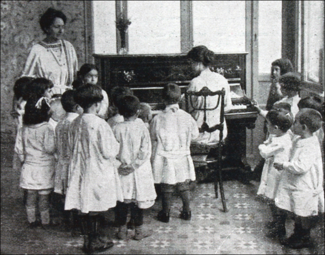 Montessori La Esfera 1915, nº 79, p. 9.